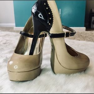 Charlotte Russe size 7 heels